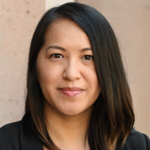 Victoria Huynh Headshot